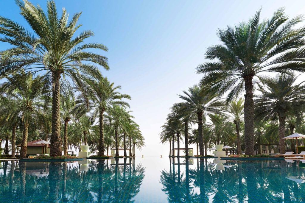 jabal Gebel Akhdar hotel infinity pool