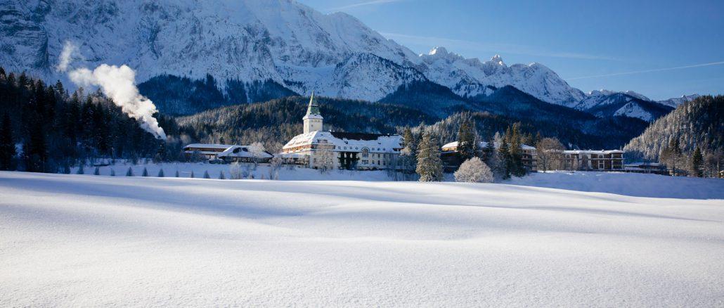 Outside_Hideaway_Retreat_Winter_SchlossElmau_high
