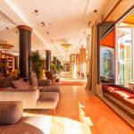 Schloss_Elmau_retreat_lounge_gal4